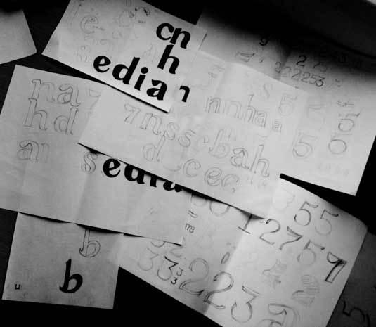 Как сделать шрифт от руки в word?
